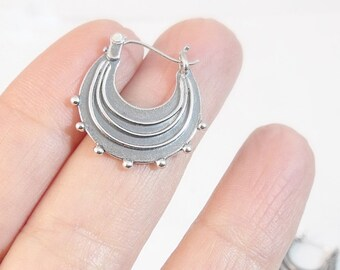 Silver Earrings, Sterling Silver Hoop Earrings, Round Silver Earrings, Silver Hoops, Small Raindrop Earrings, Handmade Earrings Gift For Her