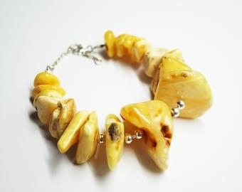 White baltic amber bracelet 43g.