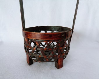 1624:Antique Bamboo basket,Fine Japanese antique bamboo handled basket for tea ceremony,Folk Art craft,Showa period,Handcrafted in Japan