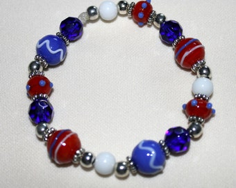 Patriotic Red, White and Blue Lampwork Bead Stretchy Bracelet