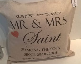 Personalised Printed Linen style Cushion (pad included), Wedding gift, anniversary gift, wedding season, home, gift for the couple, Mr & Mrs