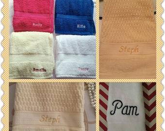Personalized Hand Towel - Monogrammed Towels - Initial Towels - Wedding Gift - Custom Hand Towel