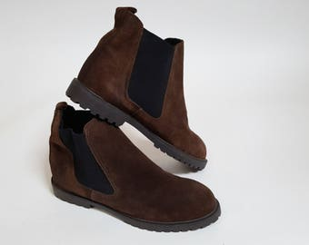 vintage Brown Suede Leather Slip On Ankle Boots / Womens Size 9