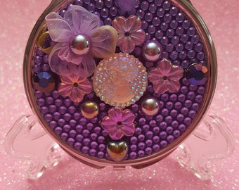 Holographic Cameo Compact Purse Mirror