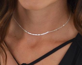 Hammered Curved Bar Necklace || Sterling Silver || 14k Gold Filled