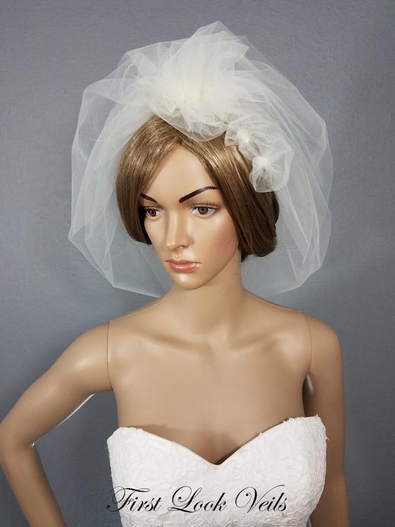 Bridal Bubble Veil, Ivory Wedding Veil, White Veil, Shoulder Veil, Wedding Vail, Floral Bridal Veil, Bridal Hair Piece, Puff Veil, Wedding