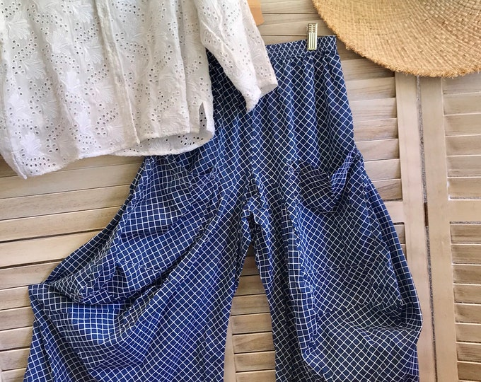 Size small navy cotton lagenlook pants