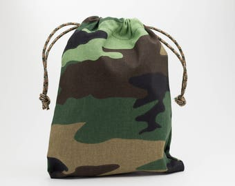 Camo Party Bags, Birthday Party, Drawstring Bags, Party Bags, Fabric Bags, Candy Bags, Treat Bags, Favor Bags, Goodie Bags, Set of 5