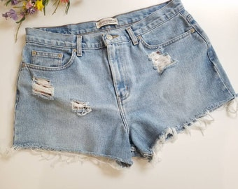 "90s London Jean Denim High Waist Cutoffs, Striped Pockets, Med / 34"" Waist 44""Hip, Distressed Denim Shorts, Light Wash Denim Short Shorts"