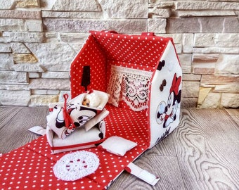 baby handbag in the form of a doll house
