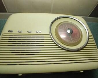 Iconic Bush TR82C MW/LW radio