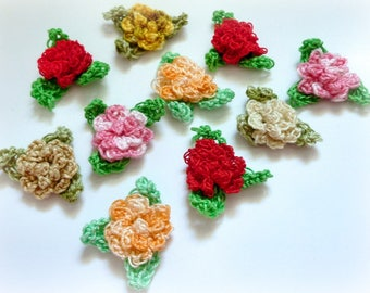 """small roses crocheted with 2.5 cm (1 """") leaves"""