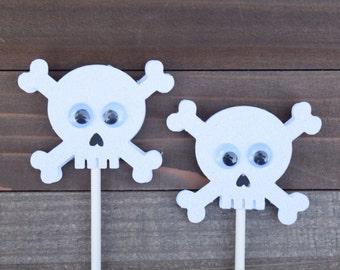 Skull And Crossbones Cupcake Toppers, Skull Cupcake Toppers, Pirate Birthday, Pirate Decor, Pirate Birthday, Halloween Decor, Boy Birthday