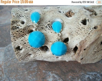 ON SALE Vintage Turquoise Blue Gold Etched Resin Earrings 1454