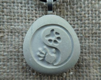 Hand Paw Yin Yang - Engraved stone - Animal Dog Cat Jewelry - Yin Yang Jewelry - Best Friend - Pet Lover Gift - Pet Loss - Dog Cat Tag