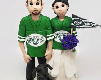 Custom Bride and Groom Football Fans Wedding Cake Topper,Wedding Cake Topper, Custom Cake Topper, Personalized, Wedding/Anniversary Keepsake