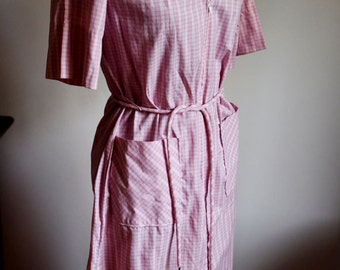 Small / Medium - The Cute Pink Day Dress with Front Zipper - Sears Zip and Dash
