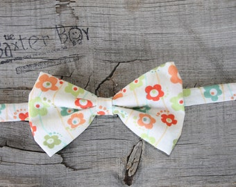 READY TO SHIP ---- Cute Flower Bow Tie for little boys - photo prop, ring bearer, wedding
