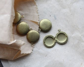 Vintage 1950s Small Lockets // Mini Round Antique Brass Lockets // New Old Stock Jewelry Supply