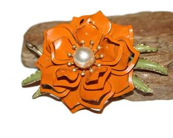 Orange Flower Brooch, Metal Floral Brooch, Floral Jewelry, Floral Brooch, Flower Jewelry, Large Brooch, Statement Jewelry, Vintage Brooch