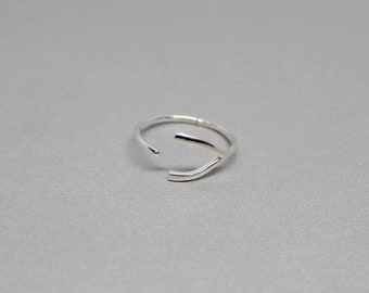 Sterling Silver Wishbone Ring, Tiny Lucky Wishbone Ring, Free Size