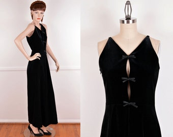 90s Does 60s Black Velvet Colom Dress With Bow Deail At The Front