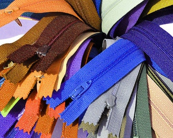 VINTAGE 25 Assorted 8 inch Zipper Assortment of Colors Talon   Closed Bottom~Made in USA~ 1970's