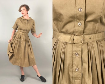 Vintage 1950s Dress | 50s Cotton Khaki Tan Brown Shirtwaist Day Dress with Cuffed Sleeves Wide Peter Pan Collar and Matching Belt | Large