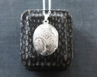 Sterling Silver Locket Necklace, Small Oval Vintage Photo Pendant - Ornamental