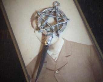 coffin nail necklace, taxidermy bone jewelry, wiccan, wicca, coffin nails, real coffin nail