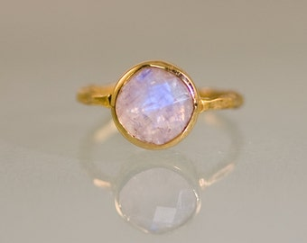 Rainbow Moonstone Ring Gold, June Birthstone Ring, Solitaire Ring, Gemstone Ring, Stacking Ring, Round Ring, Gift For Her, Boho Ring