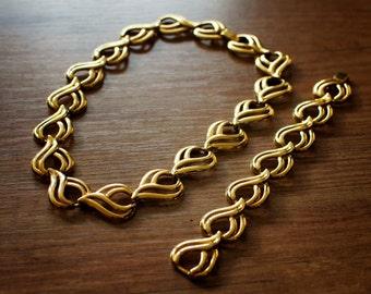 Vintage Gold Necklace & Bracelet Set