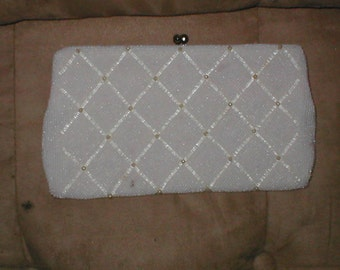 Vintage white and ivory Beaded Evening Purse
