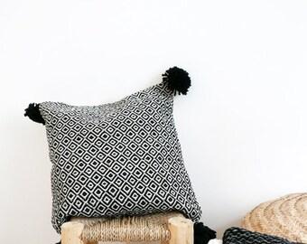 POM POM Cotton Pillow Cover - Black Diamond
