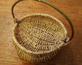 Mini natural traditional willow basket