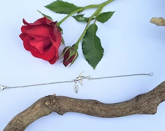 Bird and leaf bracelet for women and teens