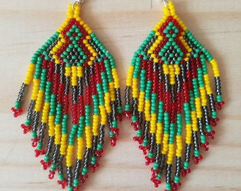 Bead earrings, huichol earrings, native American earrings, bohemian earrings, tribal earrings, ethnic earrings, fringe earrings, tassel