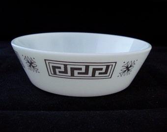 Pyrex cereal bowl