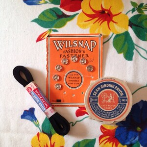 Assorted Set of Vintage Sewing Supplies Snaps Seam Binding Elastic