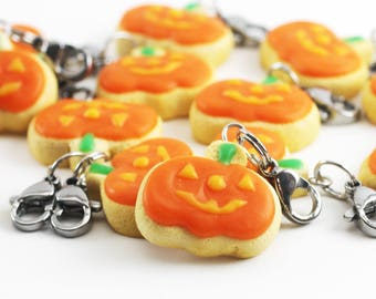 Jack-O-Lantern, Cookie Charm, Polymer Clay Food, Halloween Jewelry, Miniature Food Jewelry, Food Jewelry, Halloween Charm, Stitch Marker
