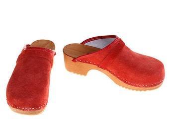 Suede Leather Clogs red