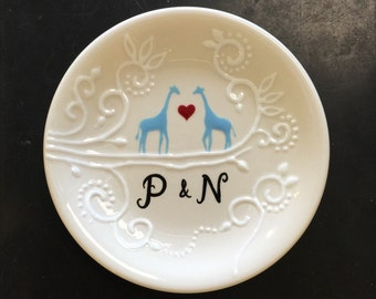 Engagement ring dish , Personalized Hand Painted Ceramic blue giraffes ring dish, ring holder plate- giraffes,Valentine's Day