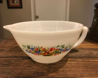 Vintage fire king Milk glass measuring bowl