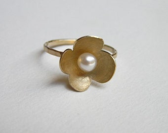 14k Gold Ring with a Pearl - Flower Ring - Solid Gold Jewelry