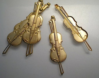 6 large brass violin charms