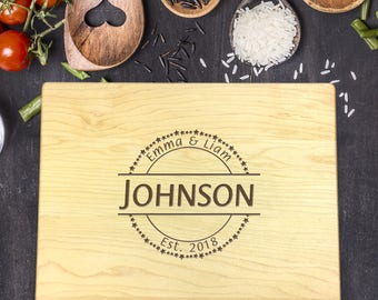 Personalized Wood Cutting Board, Wedding Gift, Gift for Couples, Gift for Her, Bridal Shower Gift, Mr & Mrs Gift, Newlywed Gift, B-0038 Rec