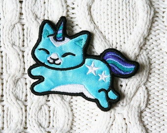 Unicorn cat  - embroidered applique brooch