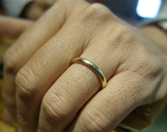 Classic Wedding Ring Wedding Band Wedding Ring set Gold Band Gold Wedding Band Curved Ring Fine Jewelry his and hers Wedding Ring gold