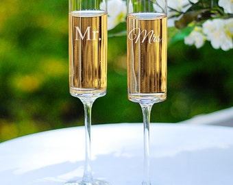Mr. and Mrs. Wedding Flutes Set Toasting Glasses