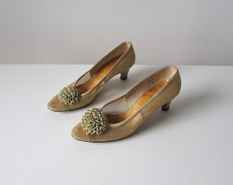 Party Girl / 60s shoes/ vintage 1960s party shoes